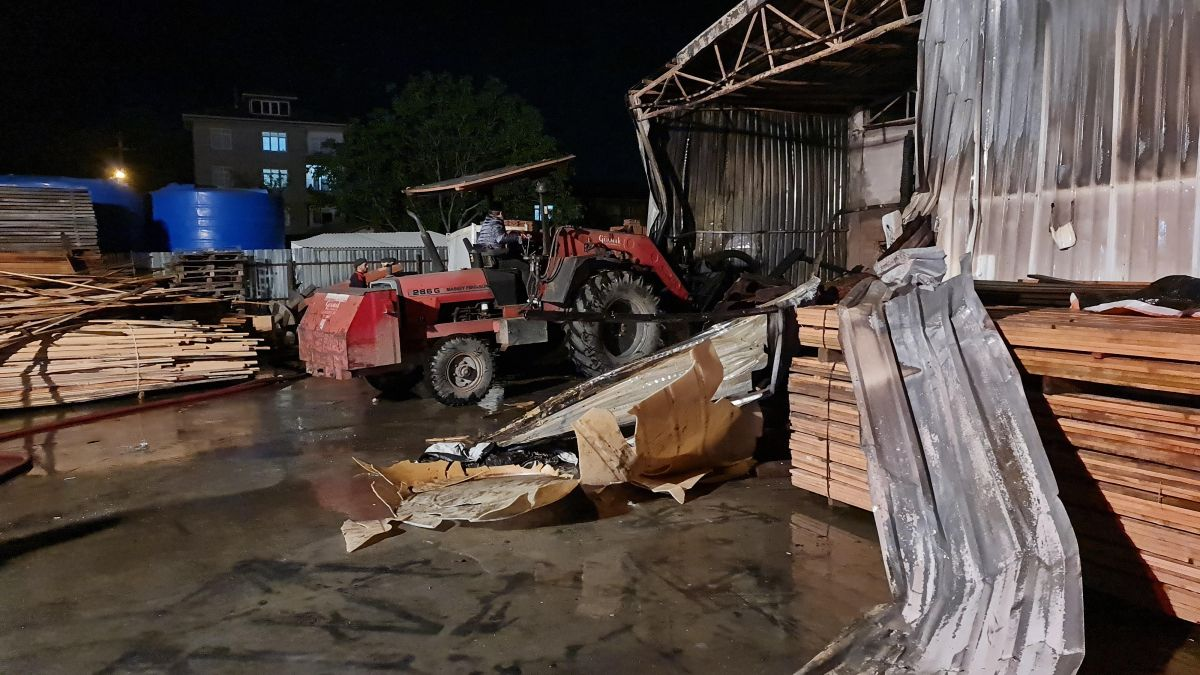 Gebze de kereste fabrikasında yangın meydana geldi #6