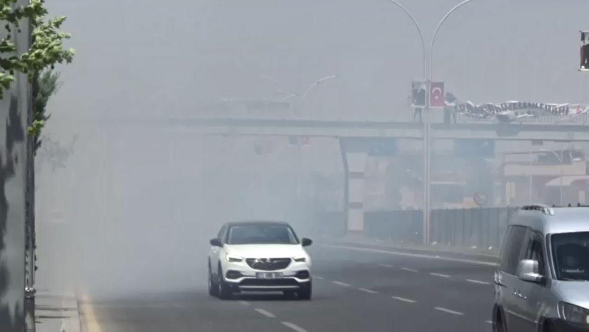 Diyarbakır daki anız yangını kontrol altına alındı #1