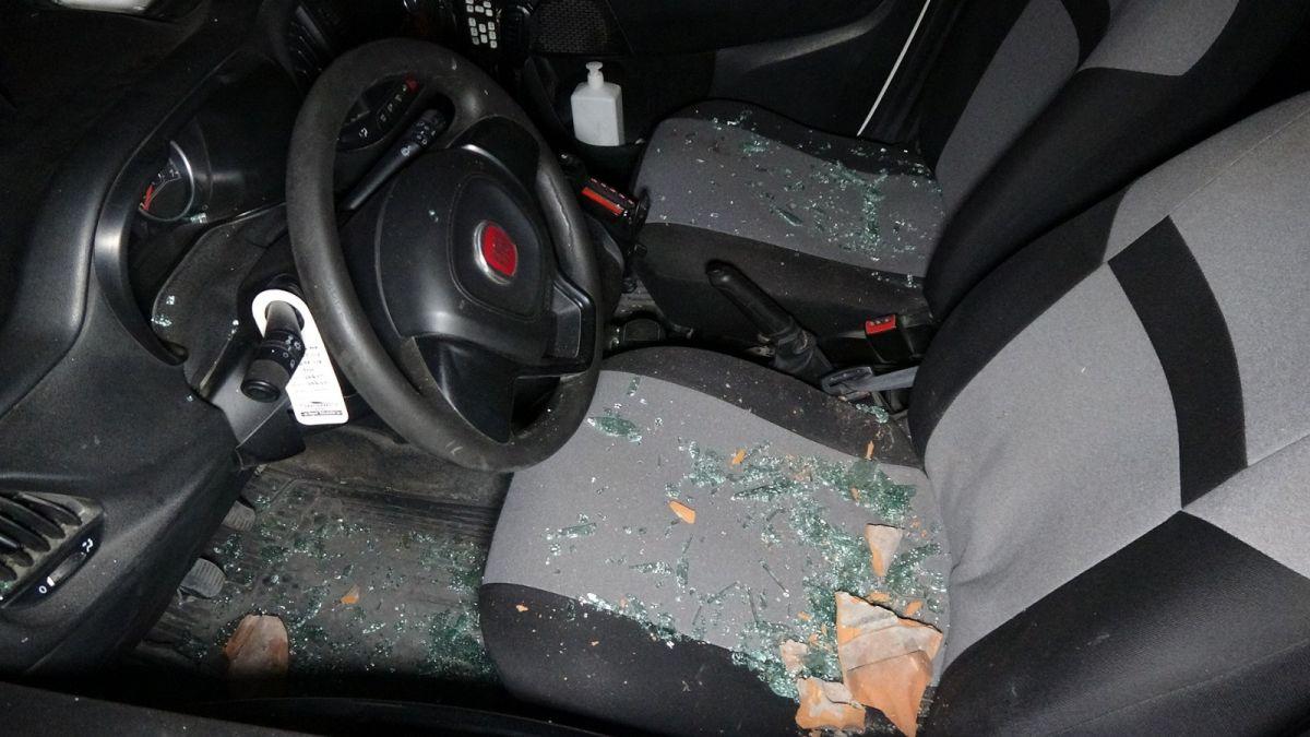 Edirne de ihbara giden polis aracına kiremitle saldırıldı #3
