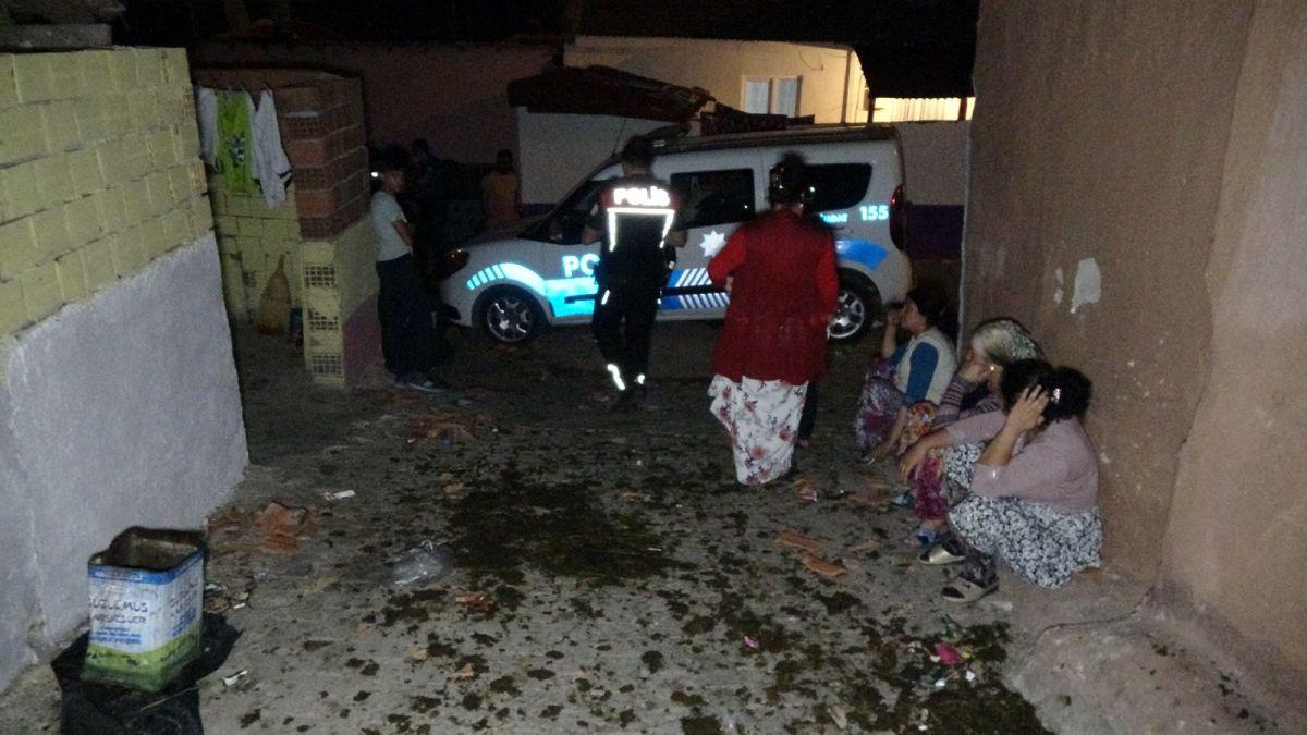 Edirne de ihbara giden polis aracına kiremitle saldırıldı #5