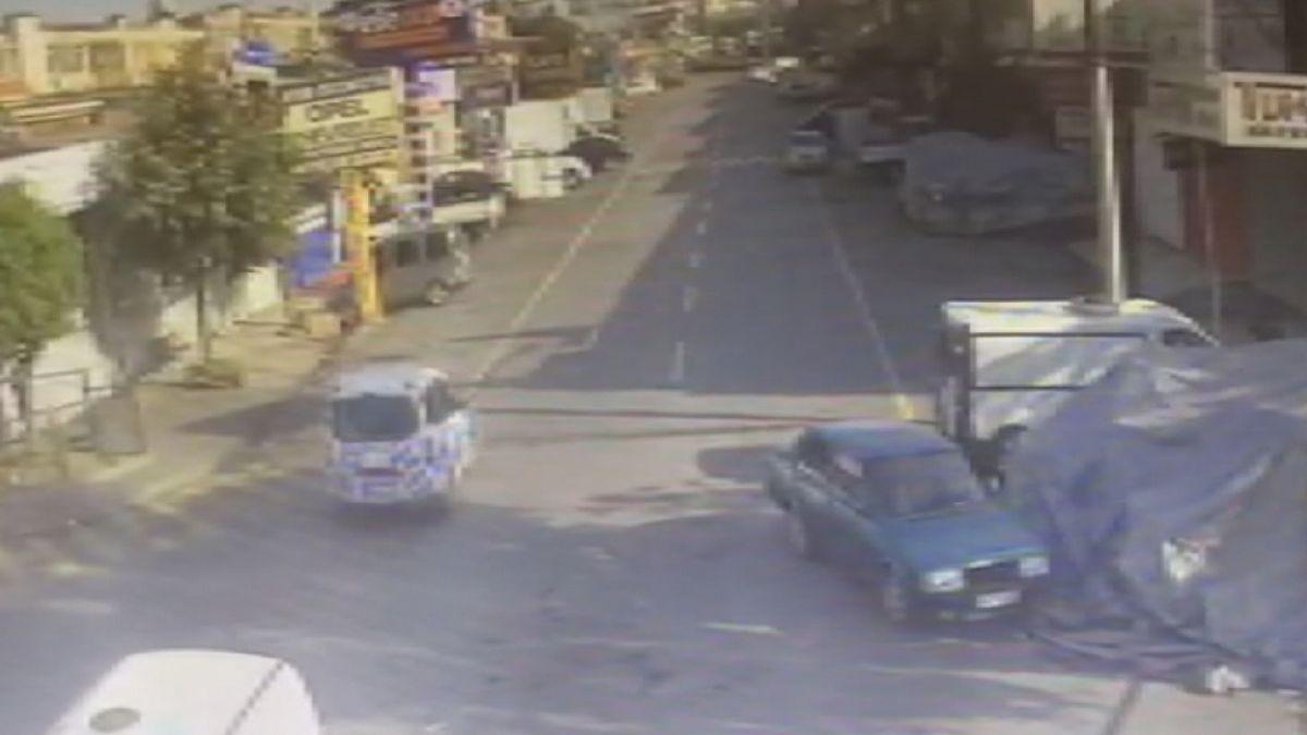 Başakşehir de tamir için bırakılan polis otosuyla tur atan çıraklar köpek çaldı #2