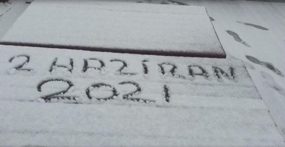 Uludağ'a Haziran ayında kar yağdı #1