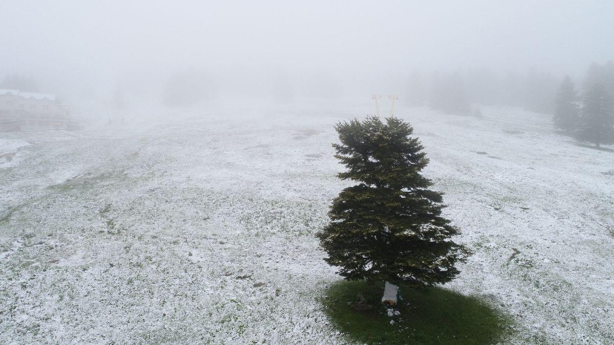 Uludağ'a Haziran ayında kar yağdı #5