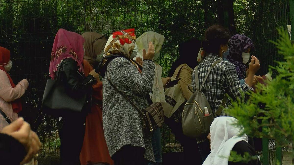 İstanbul da LGS öncesi Zuhuratbaba Türbesi ne akın ettiler #4