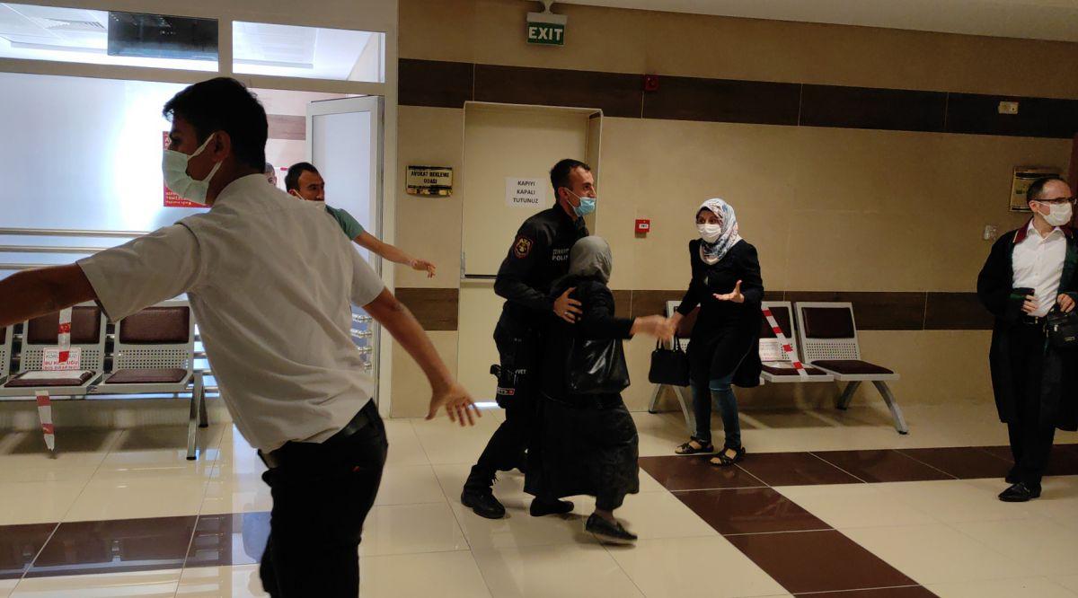 Burdur da öldürülen kadının katili tahliye edilince, adliyede arbede çıktı #7