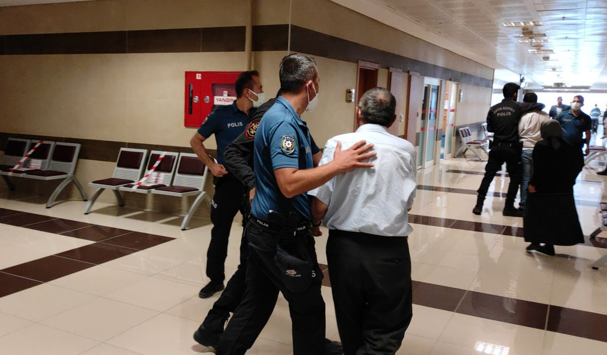 Burdur da öldürülen kadının katili tahliye edilince, adliyede arbede çıktı #8