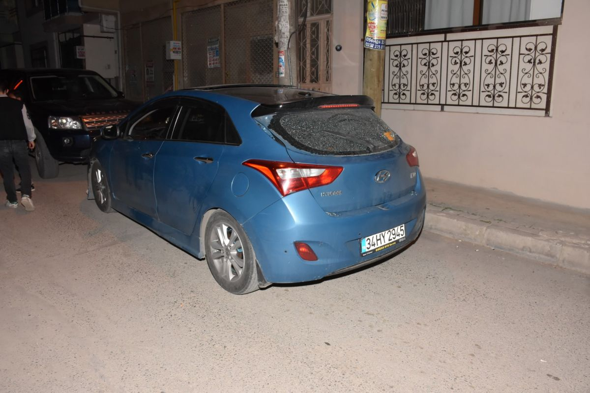 İzmir de bekçi, ağabeyini darp eden kişiyi tabanca ile vurdu #3