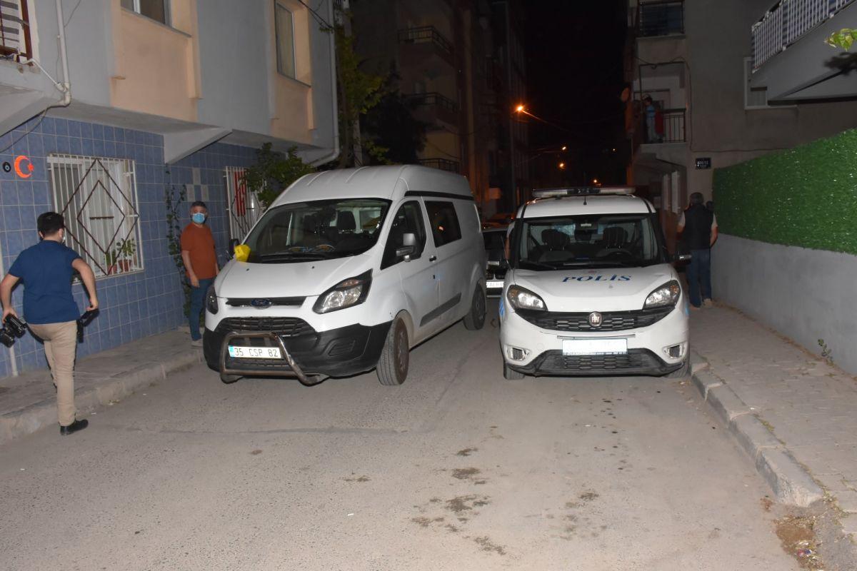 İzmir de bekçi, ağabeyini darp eden kişiyi tabanca ile vurdu #4