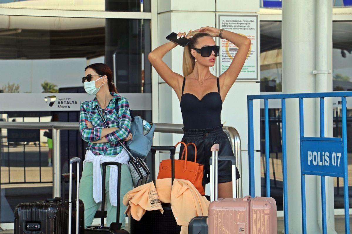 Antalya'ya günlük gelen turist sayısında vaka düşüşü etkisi #6