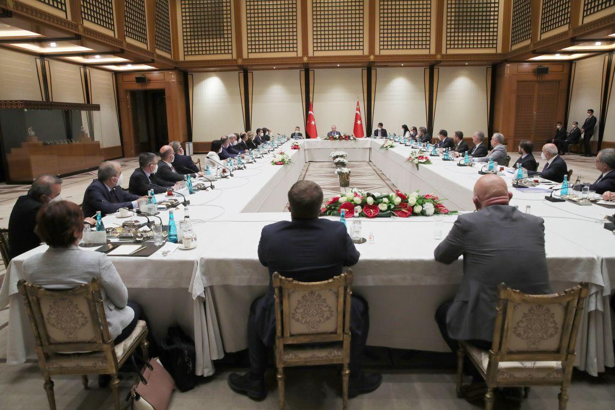 Cumhurbaşkanı Erdoğan dan akademisyenlerle müsilaj toplantısı #4