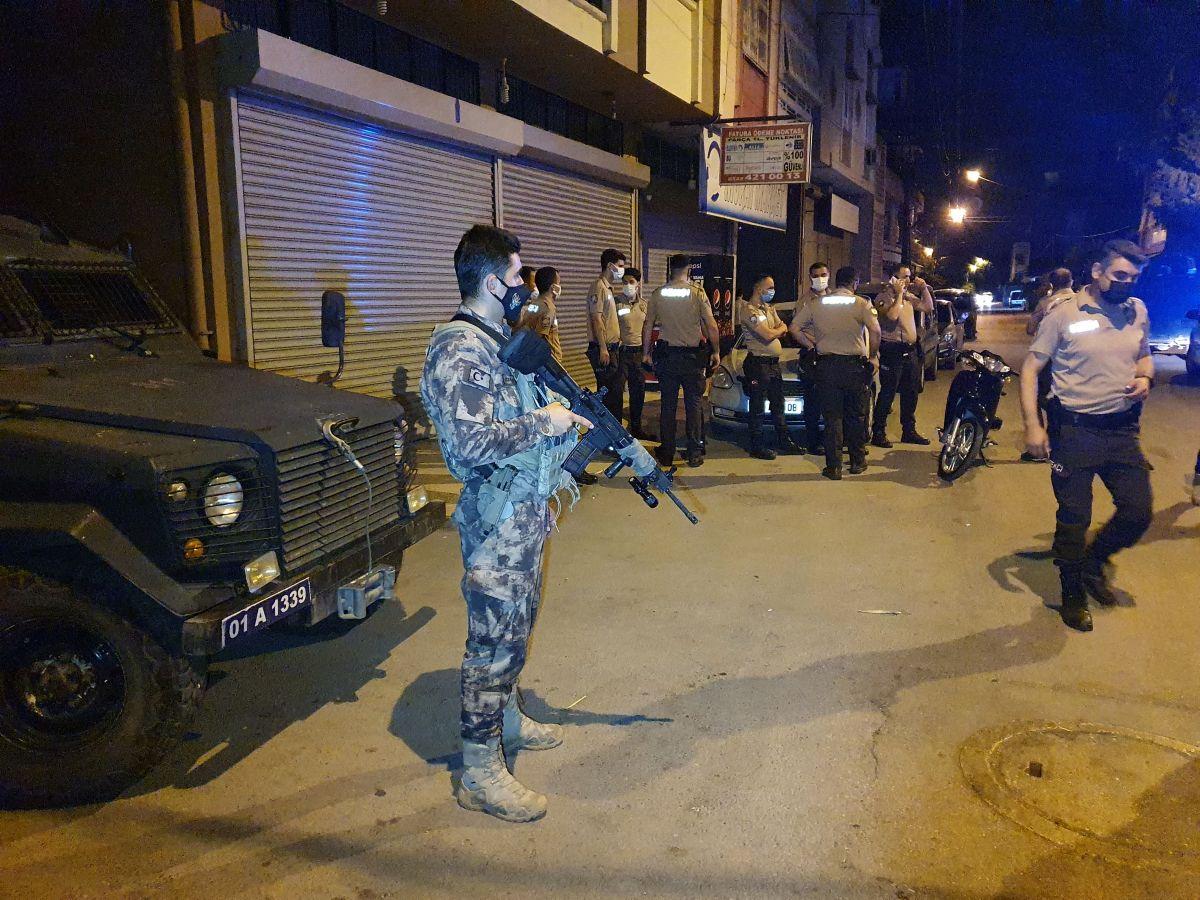 Adana da 3 kardeş bekçilere ateş açıp kaçtı #5