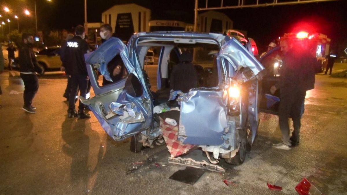 Erzurum da kavşakta kaza: 10 yaralı #6