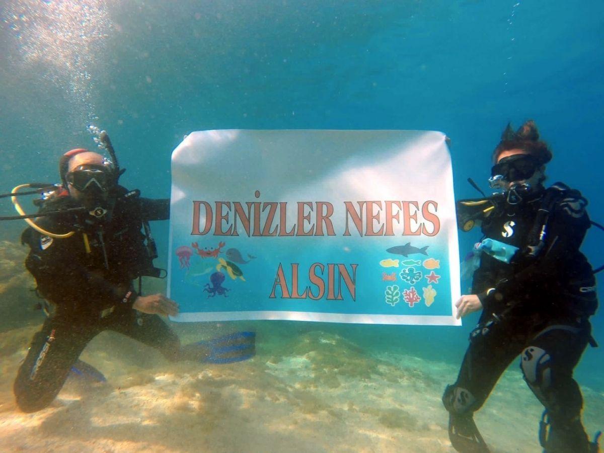 Kocaeli de dalgıçlar, 15 metre derinden Marmara Denizi için haykırdı #5