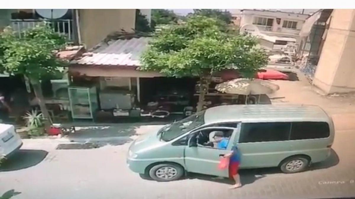 Aydın da hırsız, saniyeler içinde araçtan cep telefonu çaldı #2