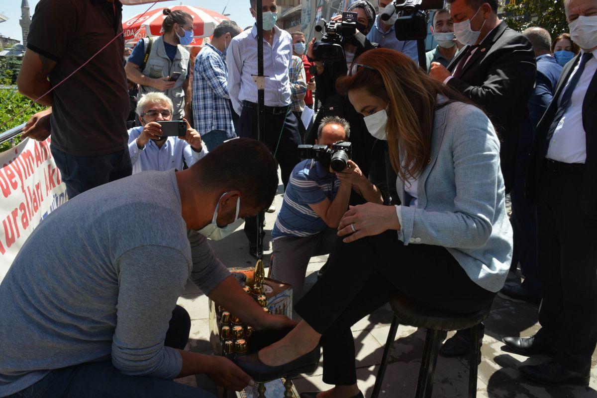 CHP, 60 kişilik heyetle Erzurum a gitti #3