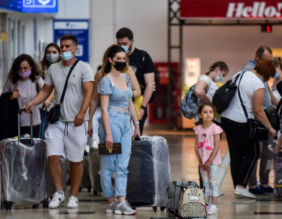 Antalya da Ruslar, hava trafiğini yüzde 45 artırdı #7