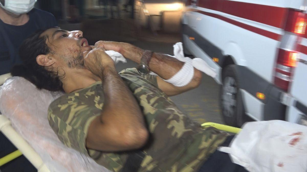 Antalya da denizi kirletme kavgasında 2 kişi falçatayla yaralandı #4
