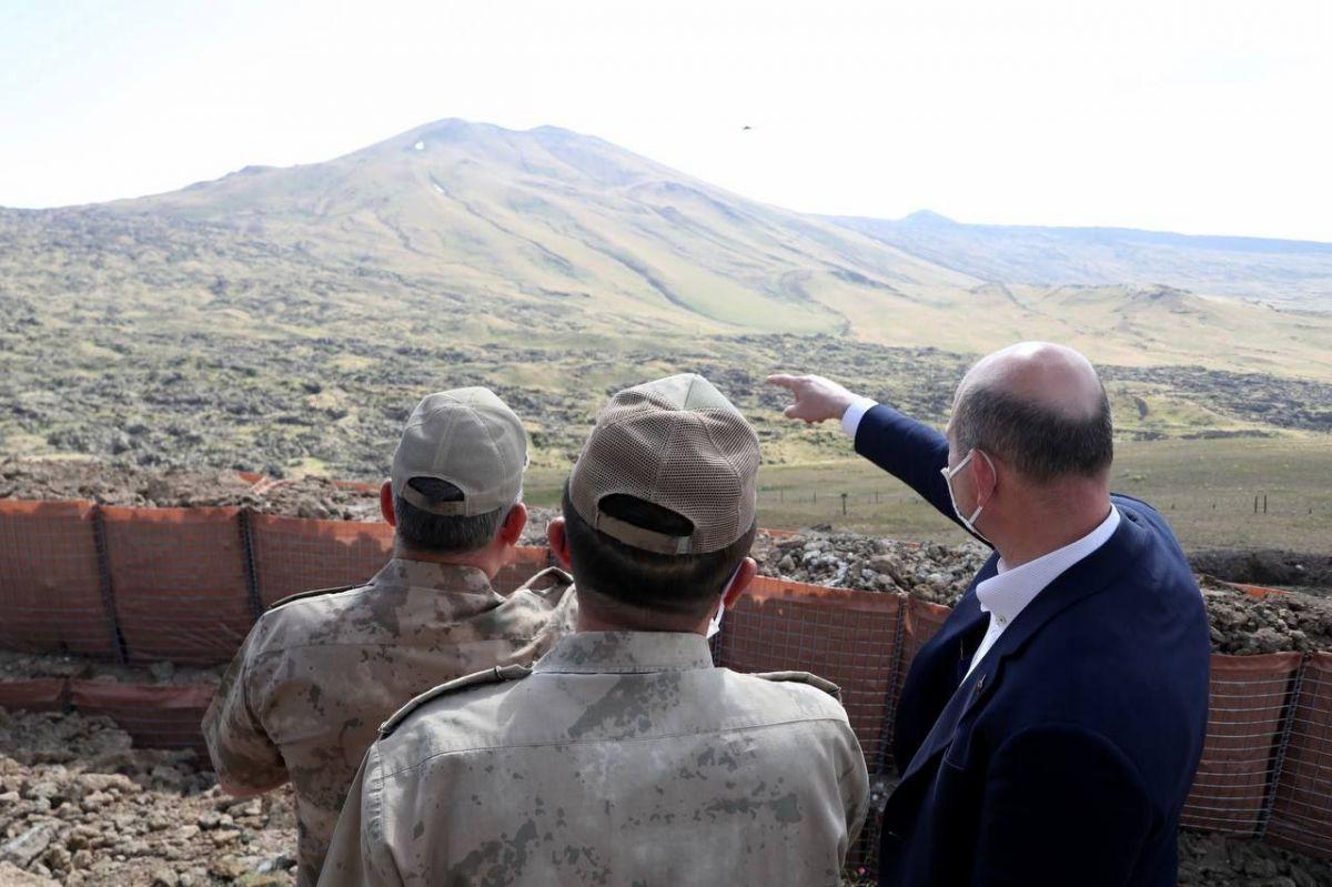 Süleyman Soylu, Van da askeri üs bölgesini ziyaret etti #2