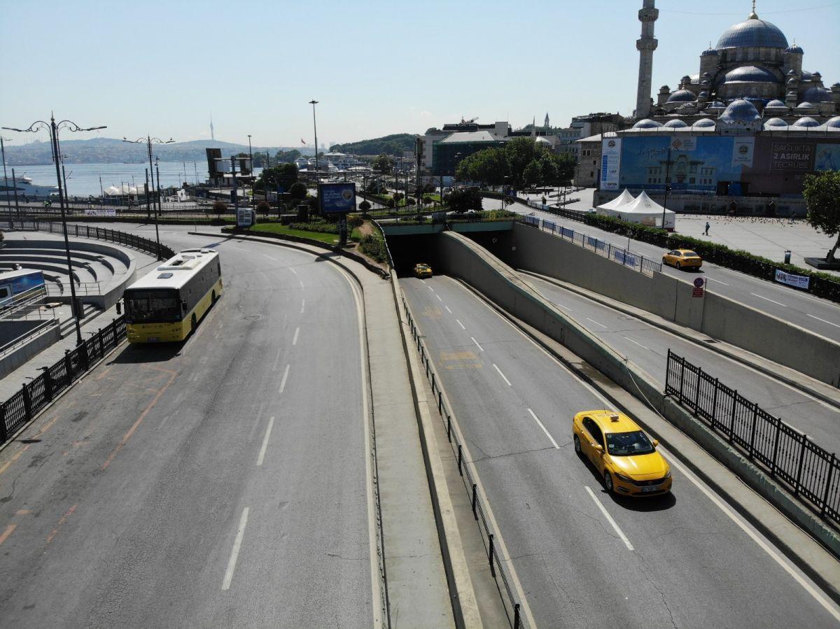 Türkiye de kısıtlamalı son pazar günü #1