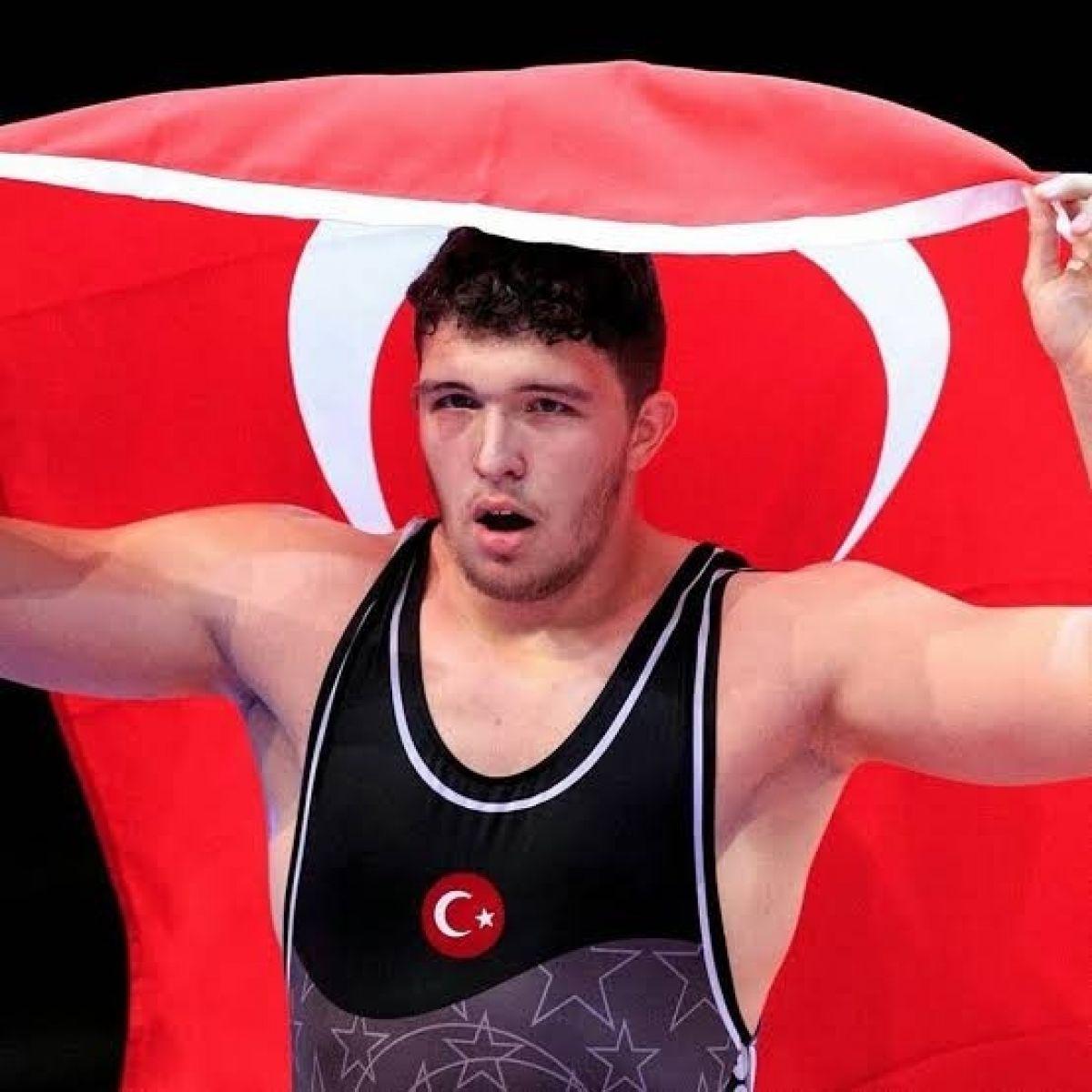 Genç Milli güreşçi Muhammed Hamza Bakır Avrupa Şampiyonu #1