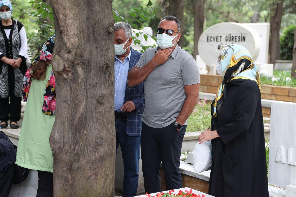 Kemal Sunal, vefatının 21. yılında anılıyor #5
