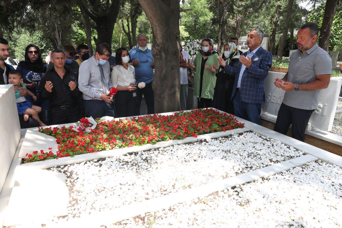 Kemal Sunal, vefatının 21. yılında anılıyor #3