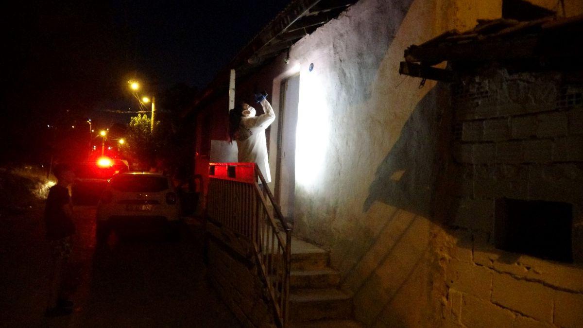 İzmir de ailelerin bıçak kavgası: 1 i ağır 5 yaralı #6