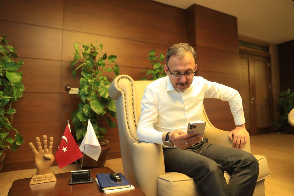 Mehmet Muharrem Kasapoğlu ndan Merve Akpınar a destek #3