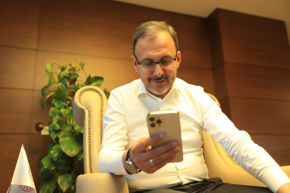 Mehmet Muharrem Kasapoğlu ndan Merve Akpınar a destek #1