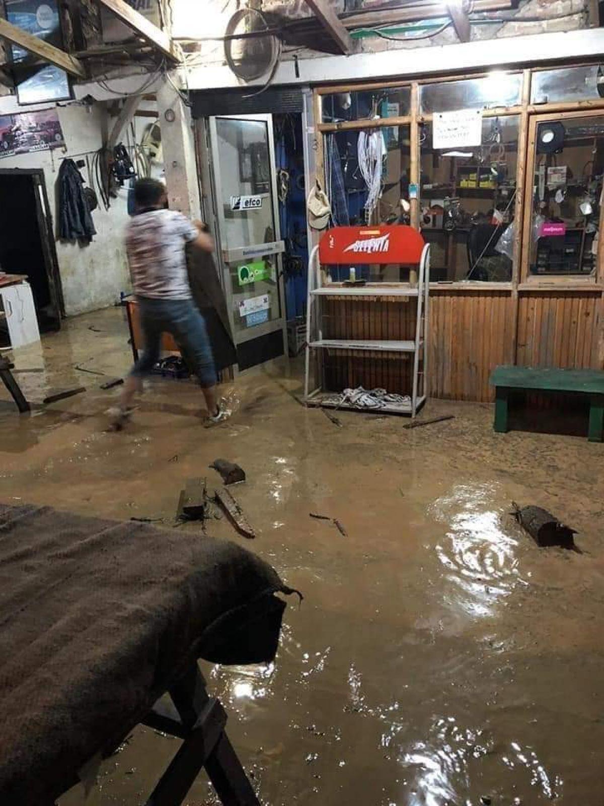 Düzce de sel: Zonguldak yolu çift yönlü kapatıldı #9