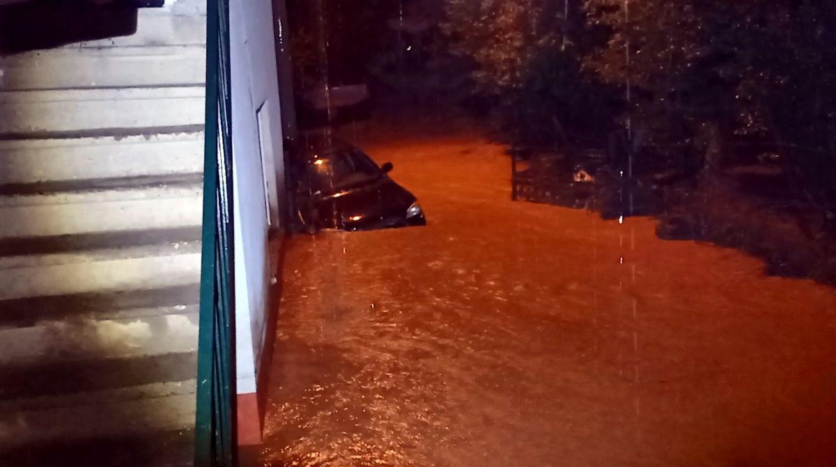 Düzce de sel: Zonguldak yolu çift yönlü kapatıldı #2