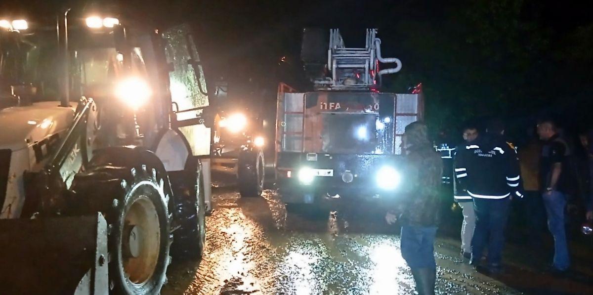 Düzce de sel: Zonguldak yolu çift yönlü kapatıldı #3