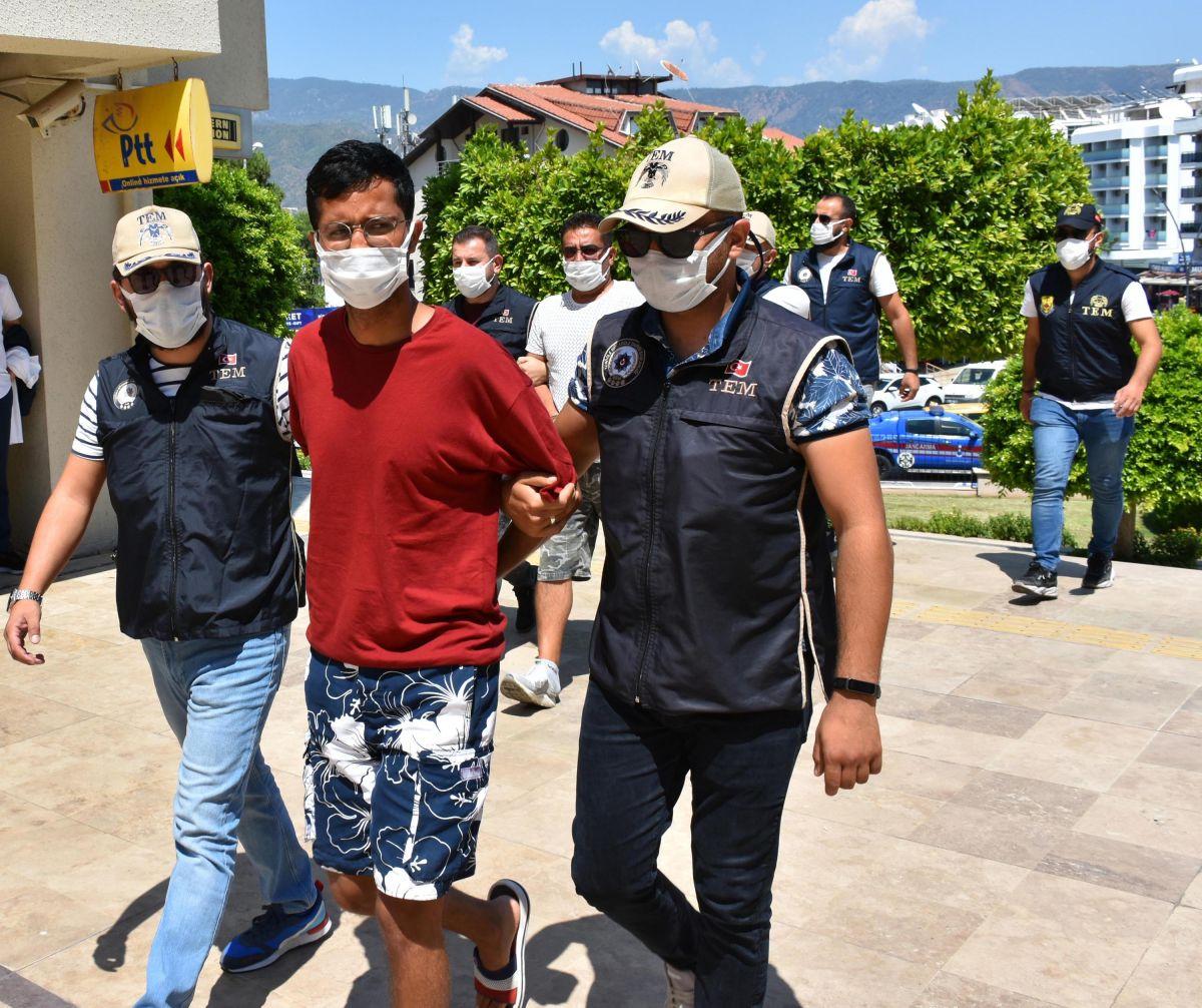 Yunanistan a kaçmaya çalışan PKK lı terörist, Marmaris te yakalandı #2