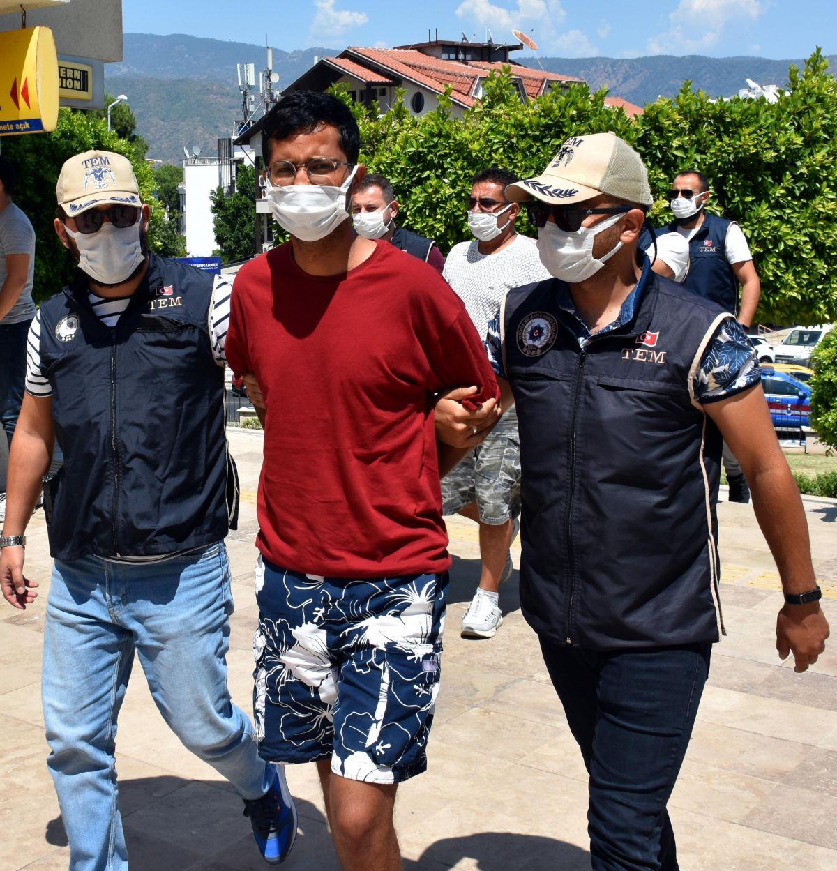 Yunanistan a kaçmaya çalışan PKK lı terörist, Marmaris te yakalandı #1