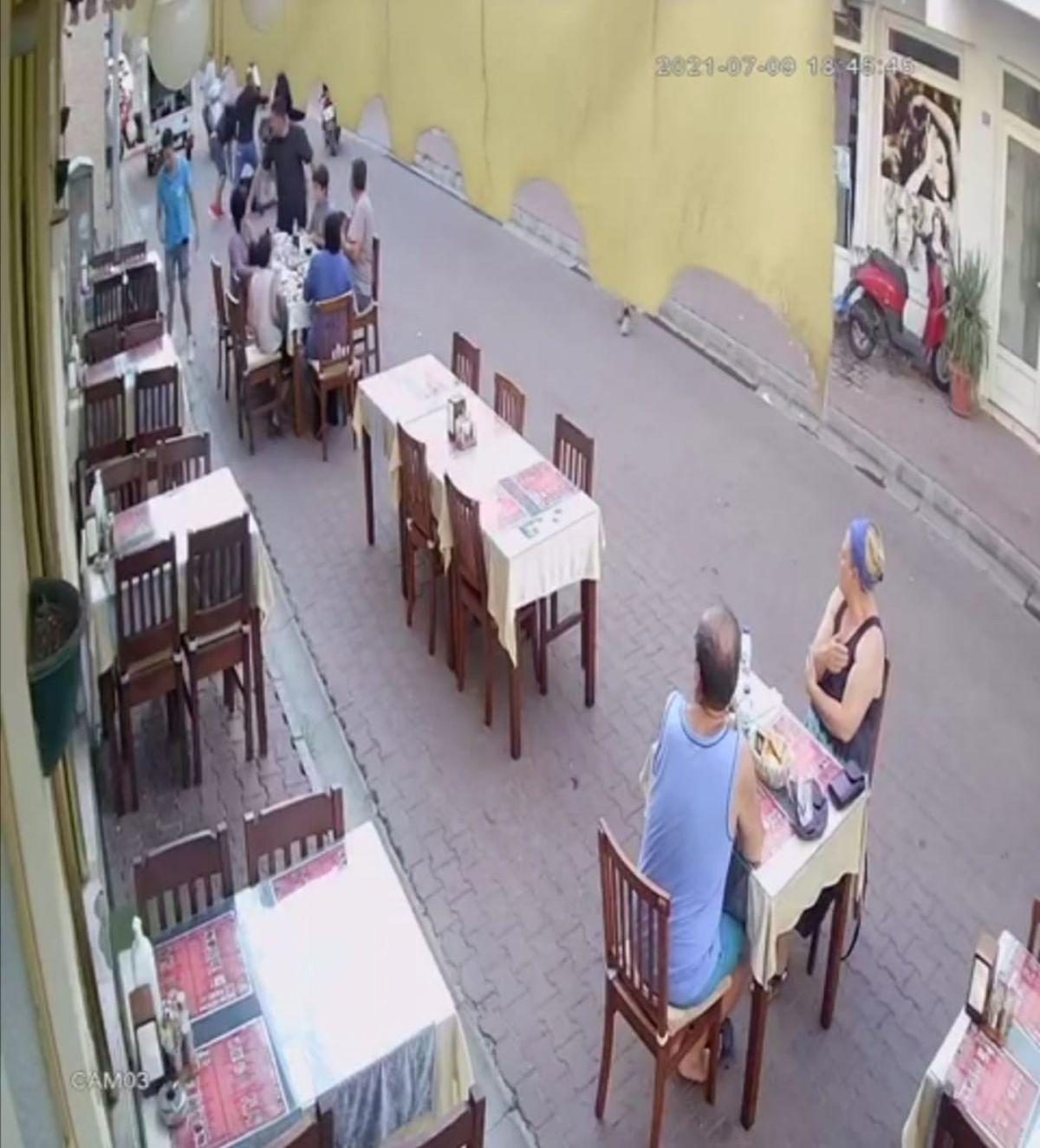 Marmaris te restoranda çıkan kavgada bir kişi öldüresiye dövüldü #4