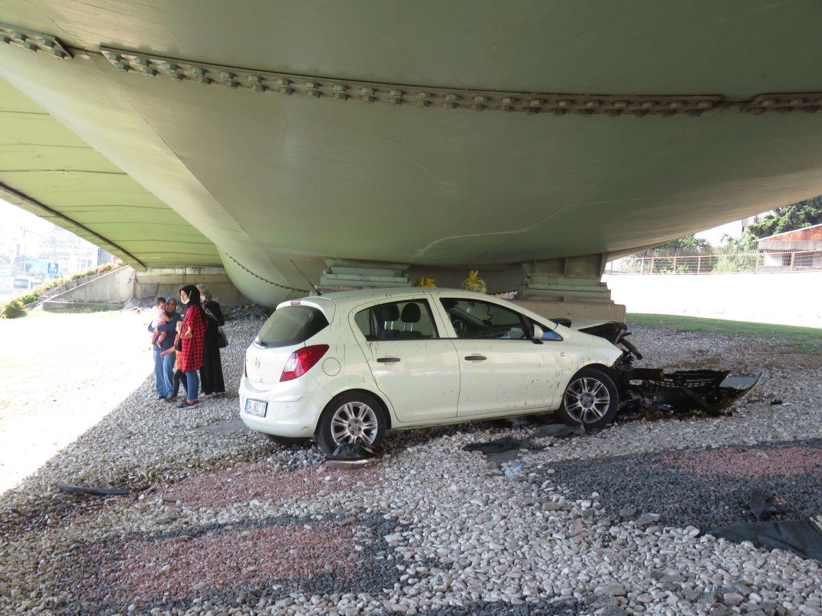 Kadıköy de kaza yapan eşi için gözyaşı döktü #10