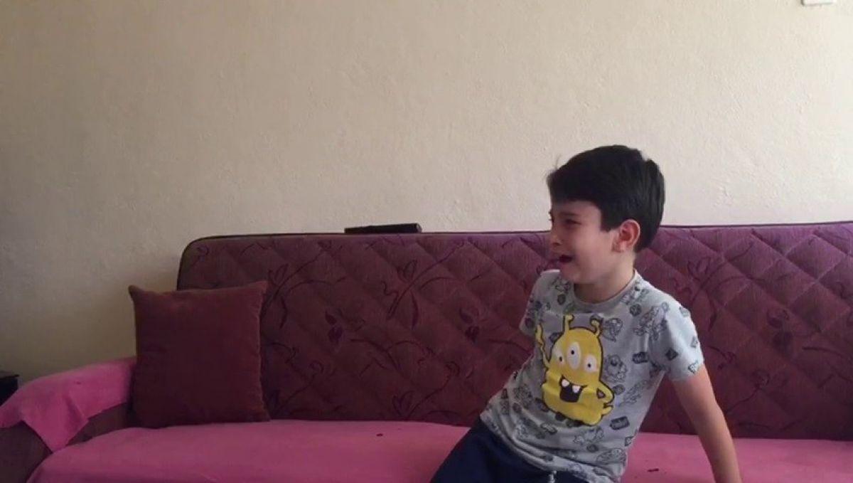 15 Temmuz videosunu izleyen küçük Göktuğ un duygusal anları #1