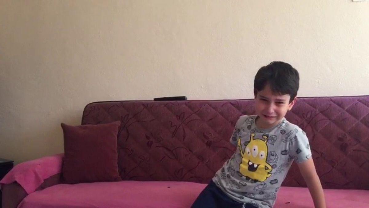 15 Temmuz videosunu izleyen küçük Göktuğ un duygusal anları #2