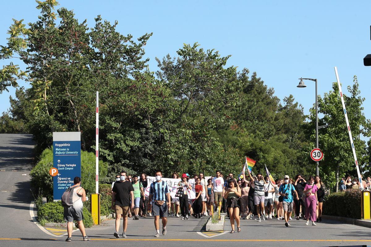 Boğaziçi Üniversitesi ne atanan yeni rektör de protesto edildi #8