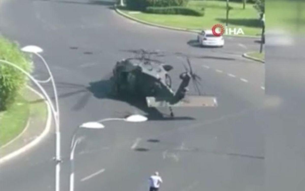 ABD ye ait askeri helikopter Bükreş te yola indi #1