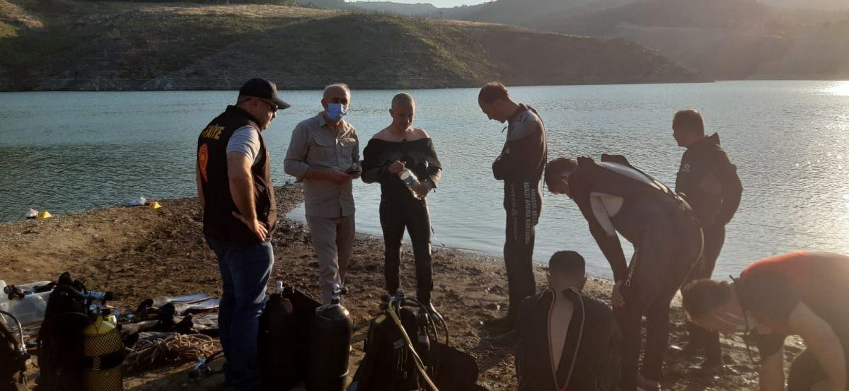 Amasya da barajda kaybolan 5 kişilik aileden 2 sinin cesedine ulaşıldı #4