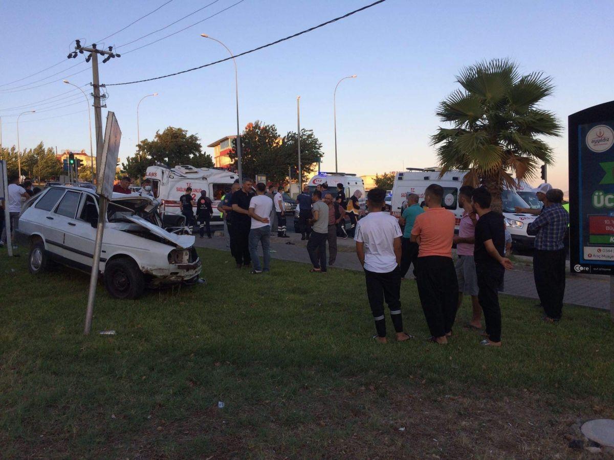 Kahramanmaraş ta ambulans kaza yaptı: 1 ölü, 5 yaralı #3