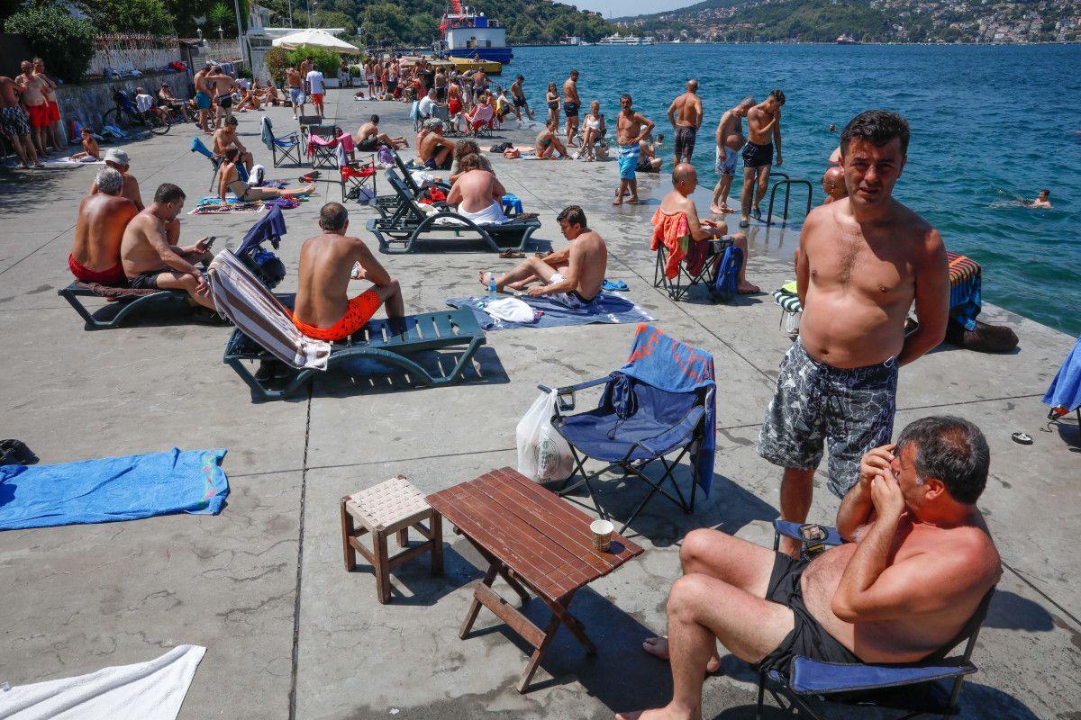 İstanbul da sıcaktan bunalanlar boğaza akın etti #10