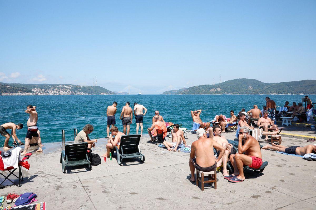 İstanbul da sıcaktan bunalanlar boğaza akın etti #2