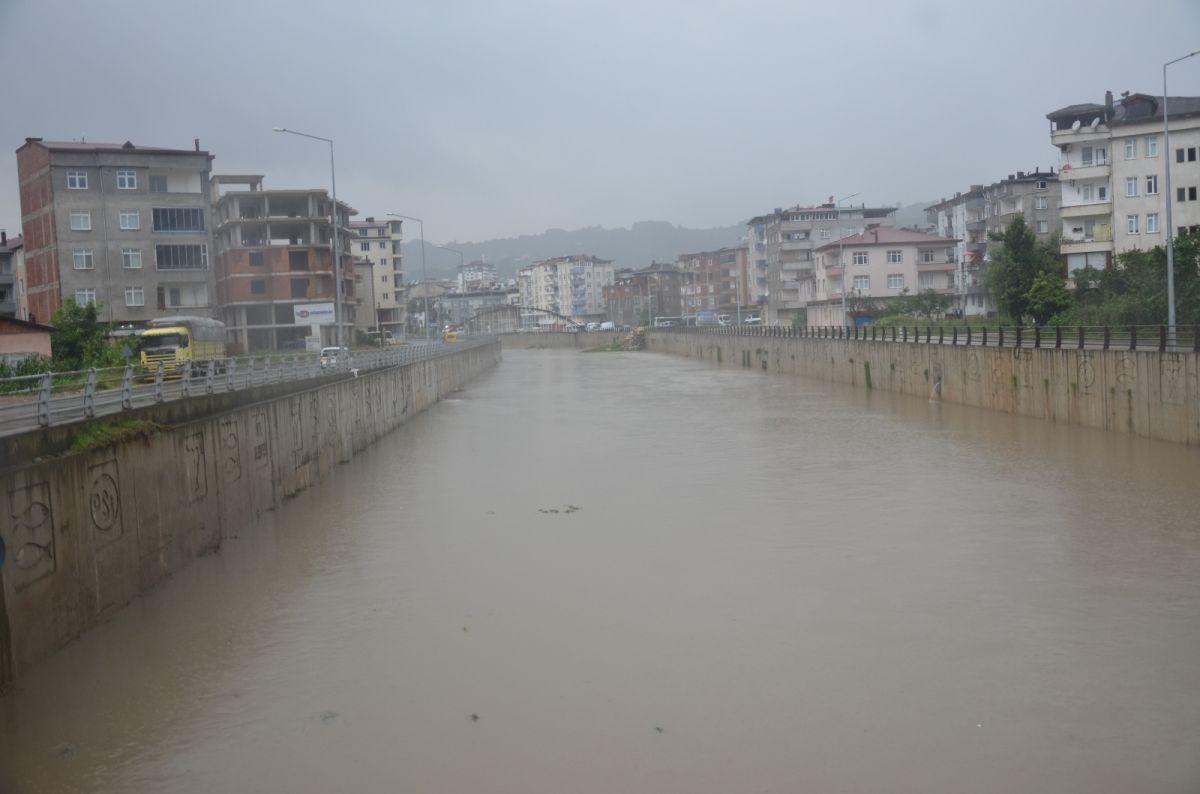 Ordu da sağanak yağış etkili oldu #5