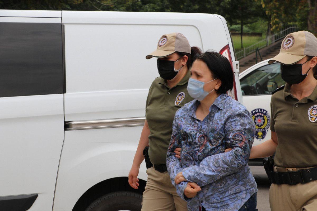 Ankara da bahçesinde 11 köpeğin cansız bedeni bulunan kadın, tutuklandı #9