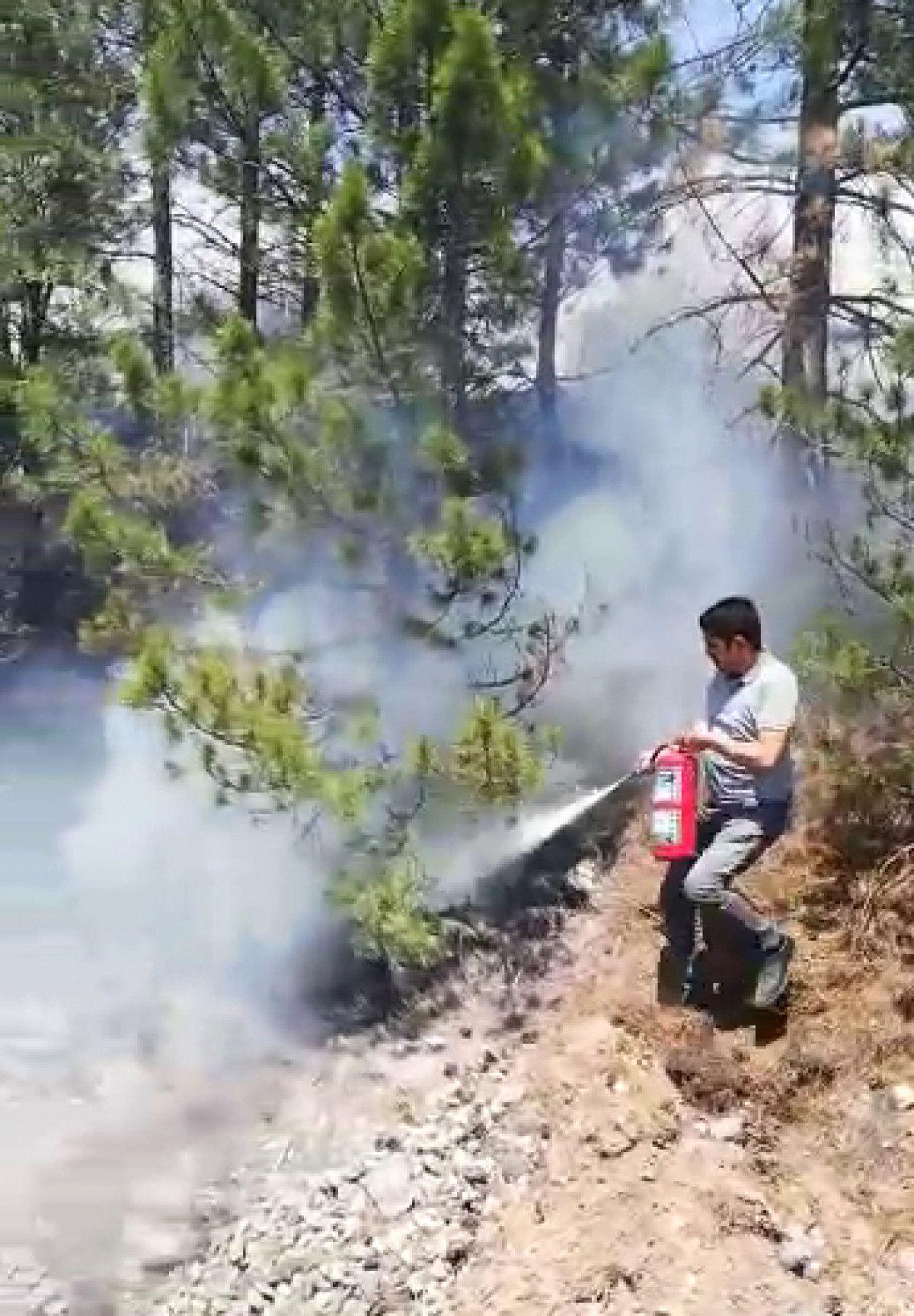 Sivas ta makinistler treni durdurup yangını söndürdü #5