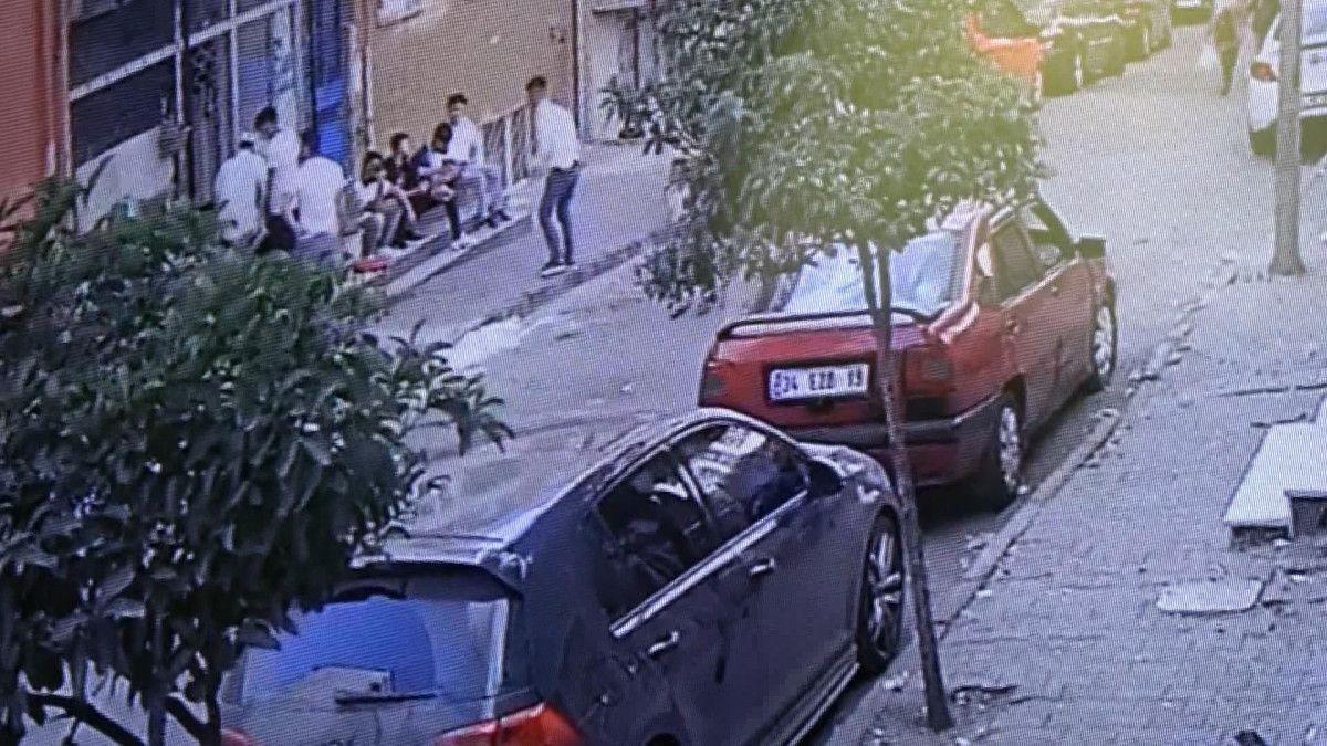 Sultangazi de korsan taksi durağını ateşe verildi #2