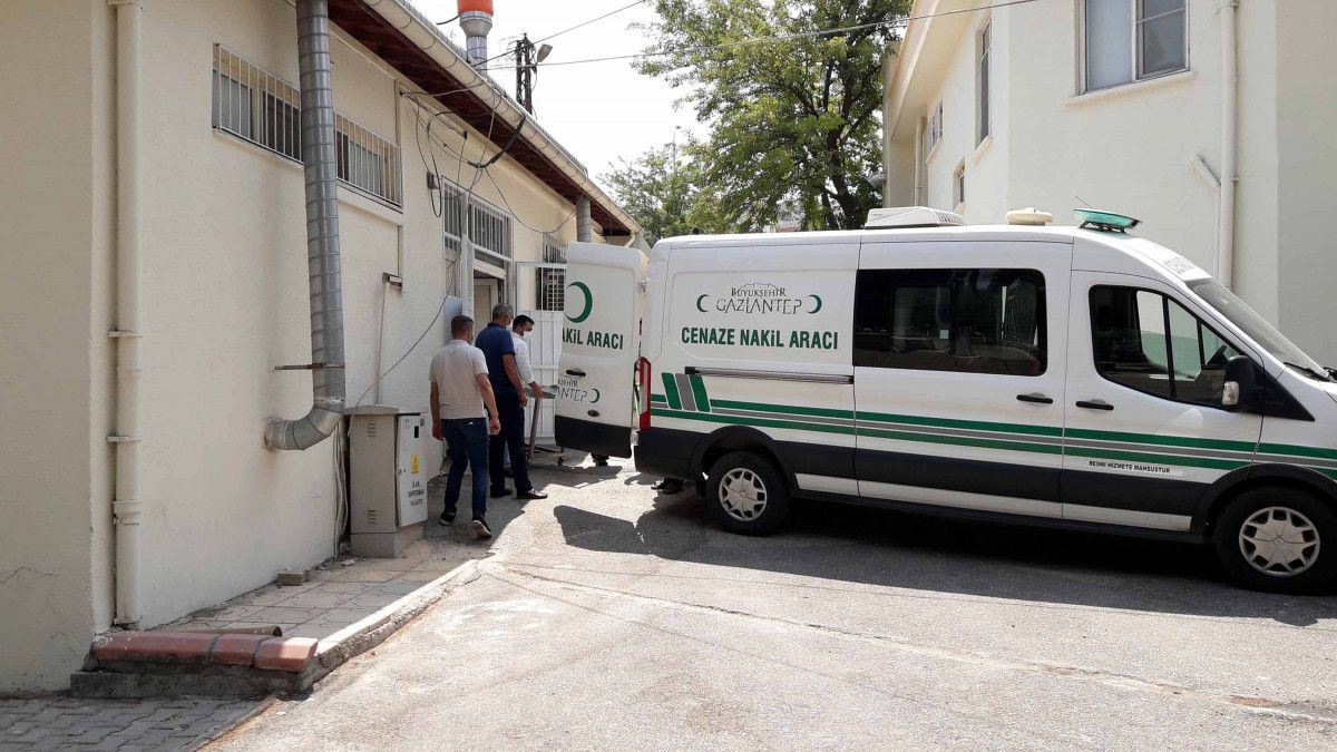 Gaziantep te tramvay çarpan 17 yaşındaki Deniz, yaşamını yitirdi #3