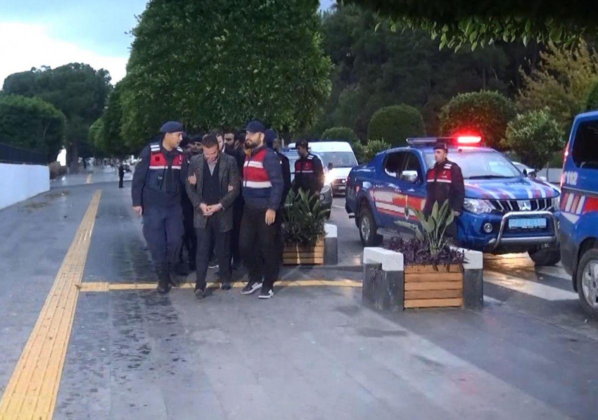 Antalya da ağır ceza mahkemesihakimi, sanıkla içki masasına oturdu #2